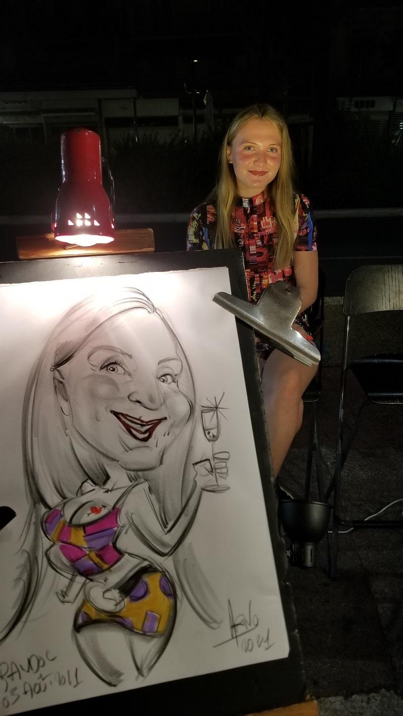 Caricature d'une jeune femme sur un marché nocturne