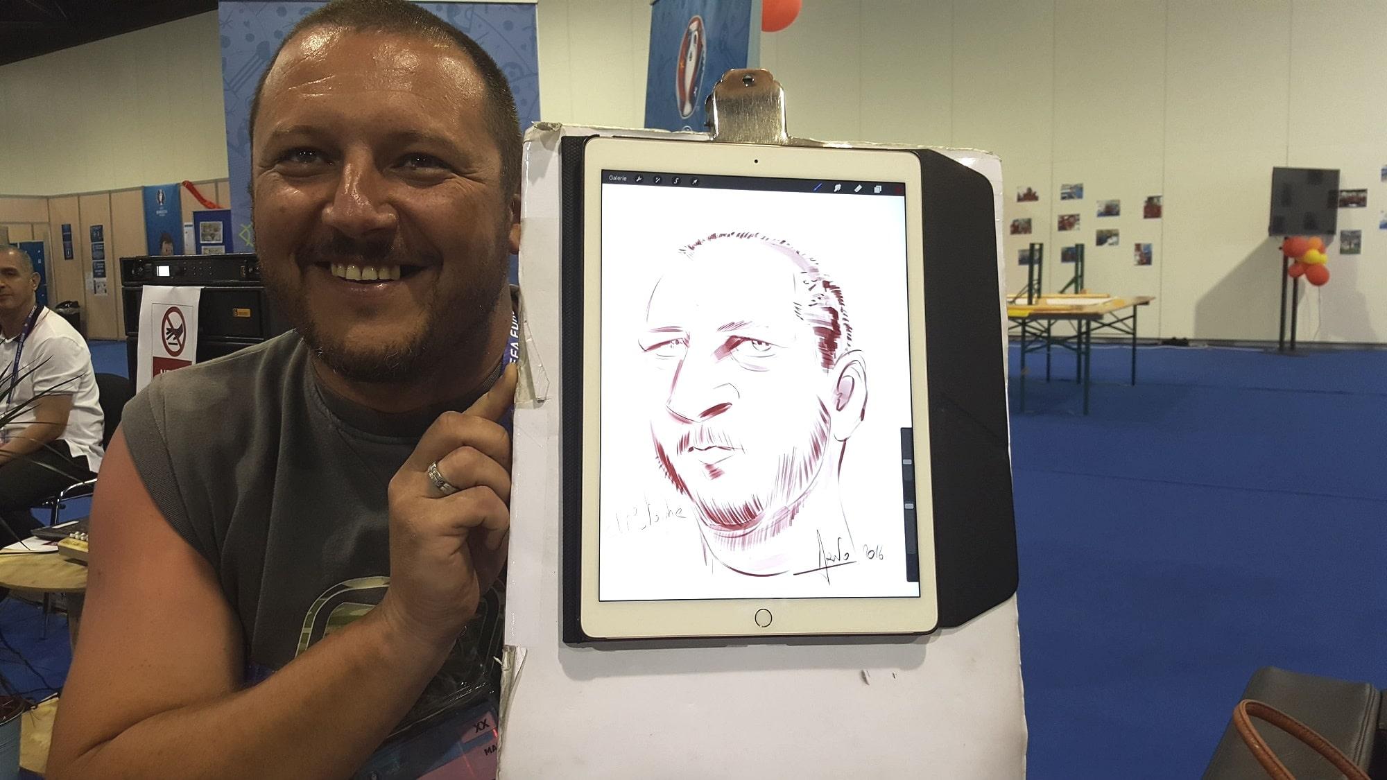 Caricature iPad euro 2016 stade vélodrome Marseille