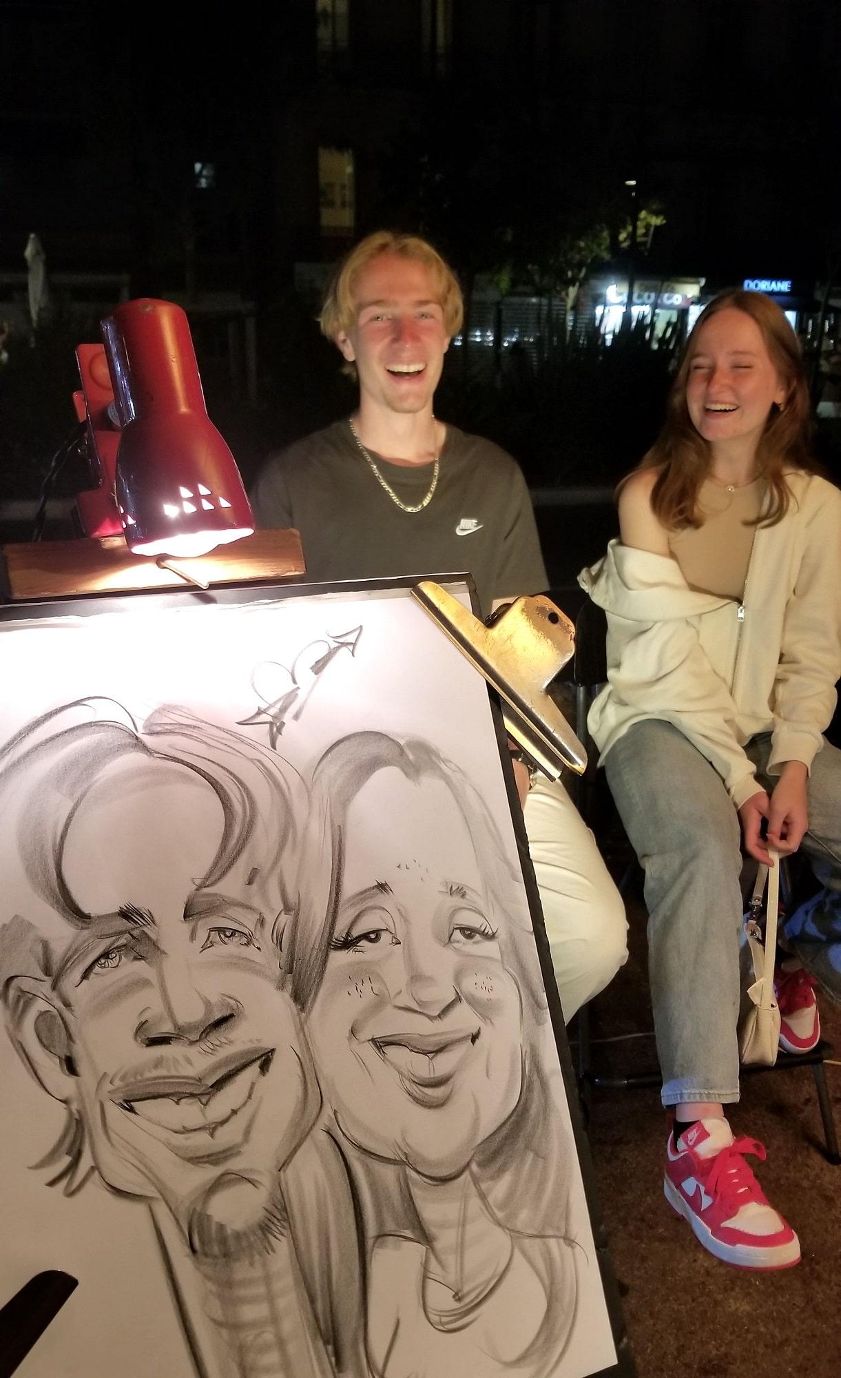 Caricature d'un couple au marché de Bandol